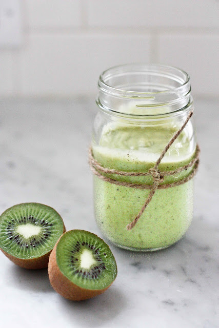 This Kiwi Avocado Smoothie Recipe is a delicious green smoothie that will add tons of flavor and nutrients to your breakfast routine!