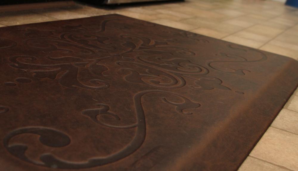 mats kitchen inch by wellness amazon motif wellnessmats dp fatigue com burgundy mat trellis anti