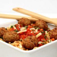 Garlic Tomato Spaghetti Sauce & Johnsonville® Meatballs Recipe #MeatballMasters