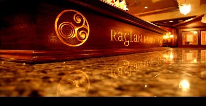 Enjoy a touch of Irish at Raglan Road Downtown Disney #FLBlogTrip