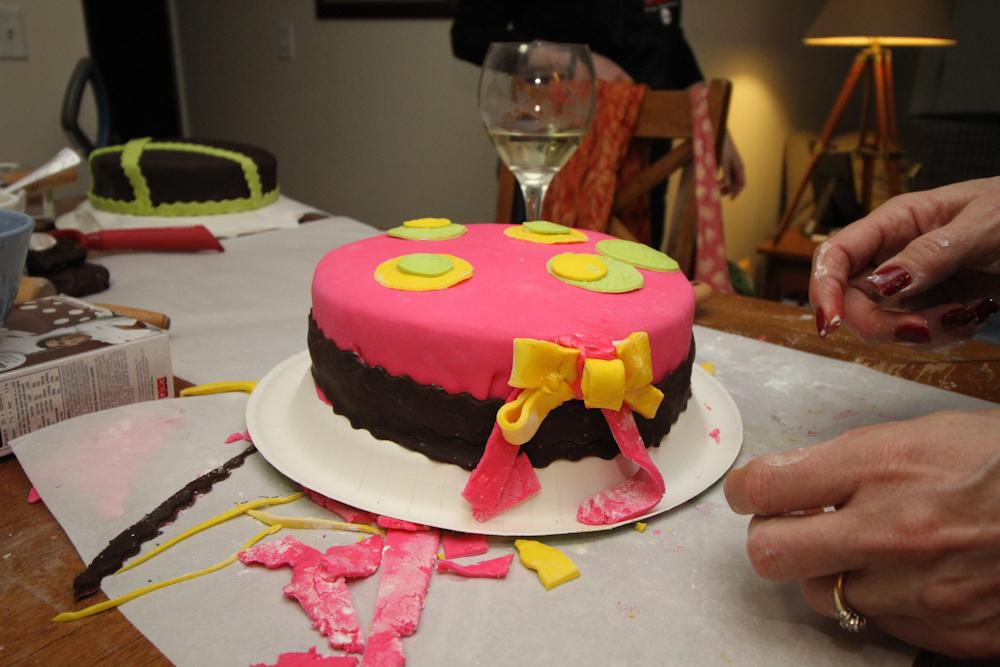 Cake Boss Fondant Ribbon Cutter Cake Boss