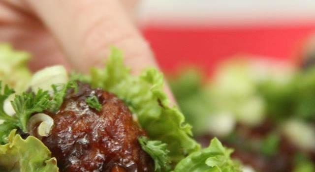 Johnsonville® Meatballs Asian Lettuce Wraps #MeatballMasters