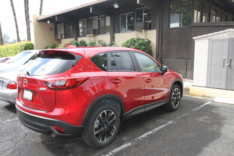 5 Reasons the Mazda CX5 Is A Great Road Trip Car