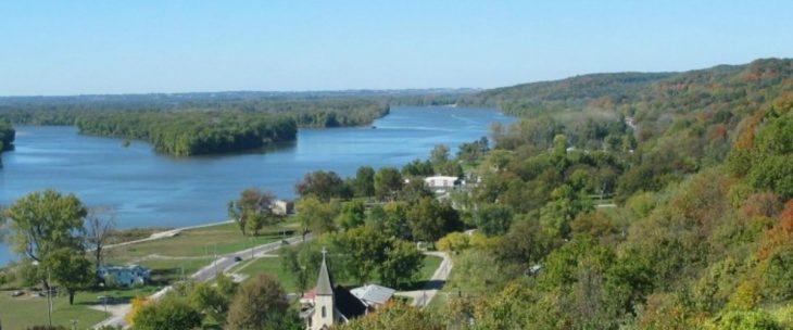 Alton, IL – A Great Fall Escape