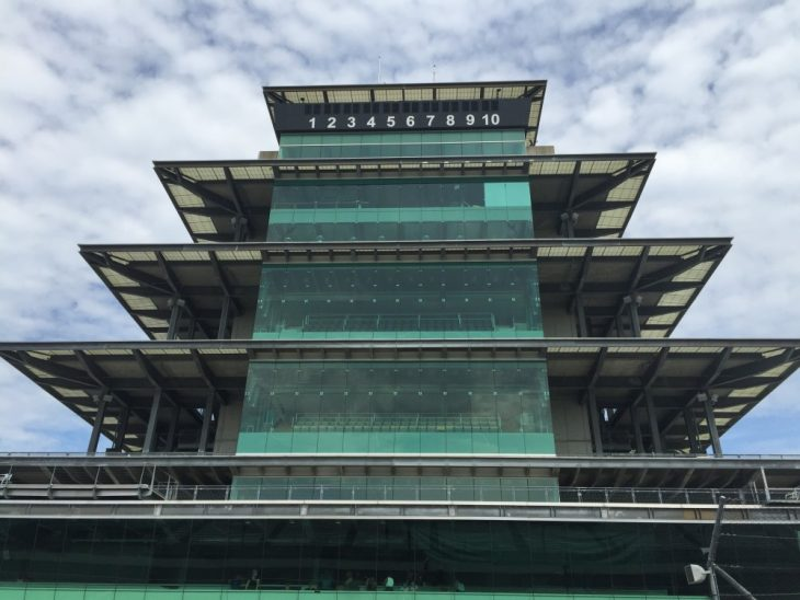 indianapolis motor speedway life in the fast lane just