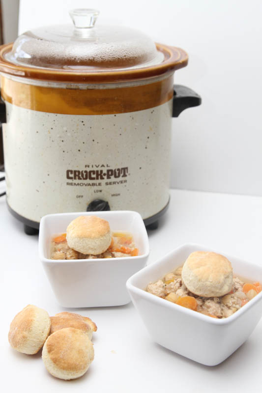 slow cooker turkey and chickpea soup