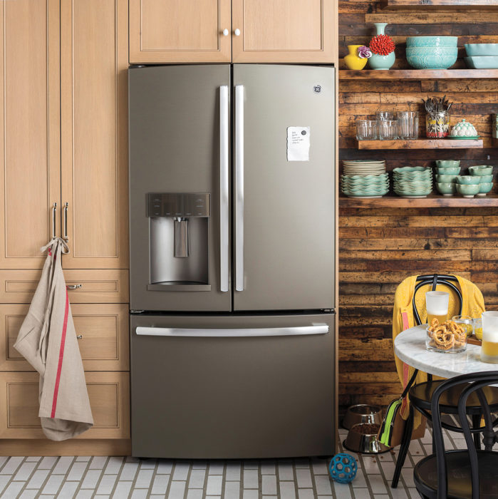 TV Lessons On Why Kitchen Appliances Should Match Decor - Just ...
