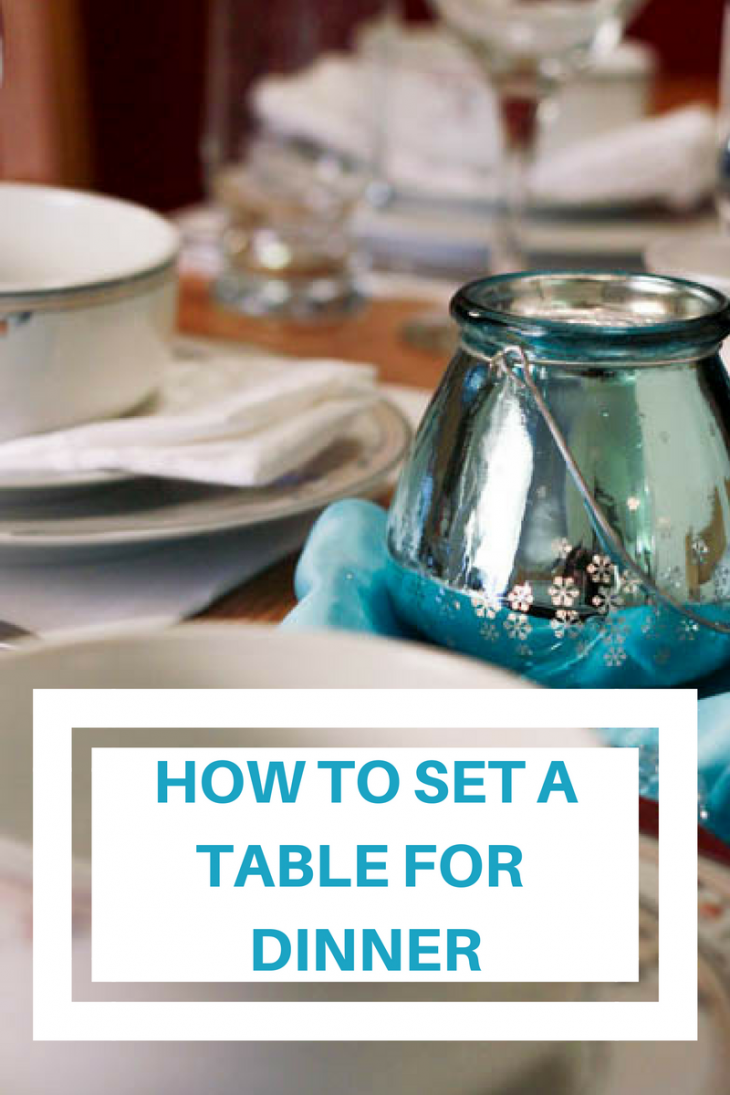 how to set a table for dinner