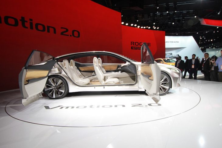 North American International Auto Show Nissan VMotion 2.0