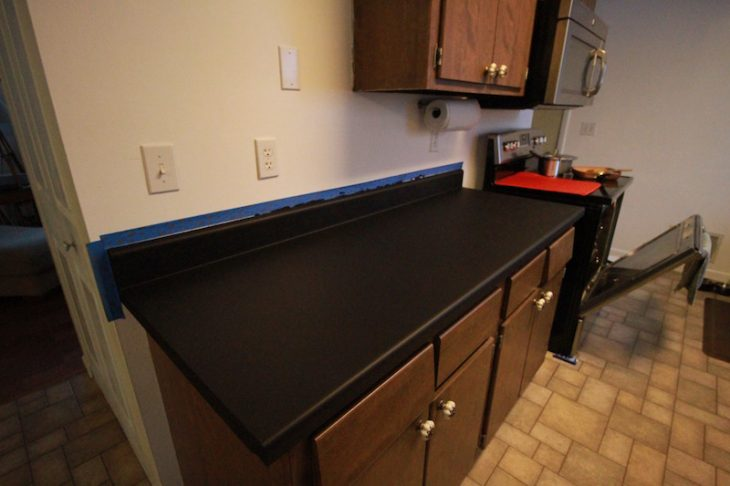 Countertop Coating : PAINT COUNTERTOPS STEP 4