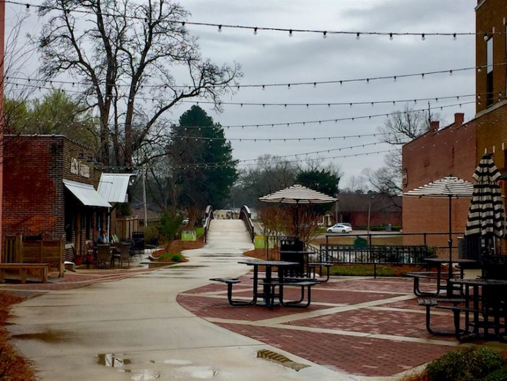 The Southern Small Town Charm Of New Albany Ms Just Short Of Crazy