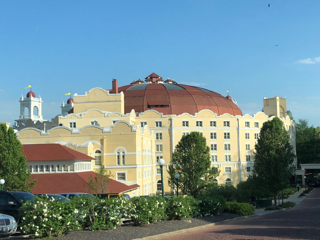 The story of French Lick Resort is long and fascinating. It's all because of the water that French Lick Resort in Indiana stands today. This is definitely a resort you want to put on your must visit list!