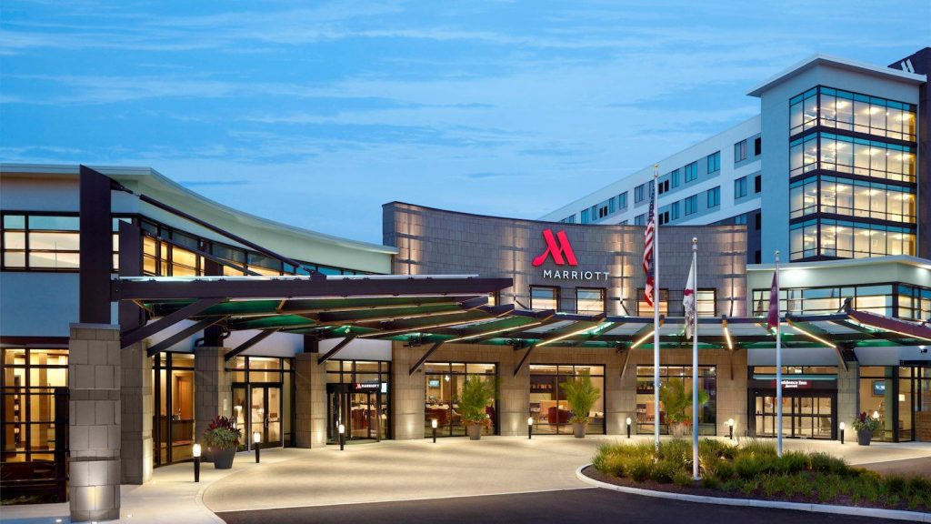The Marriott Columbus University Area Hotel is the perfect place to stay when planning a trip to Columbus, OH. This newly redesigned and remodeled hotel takes the Columbus fashion scene to a whole new level.