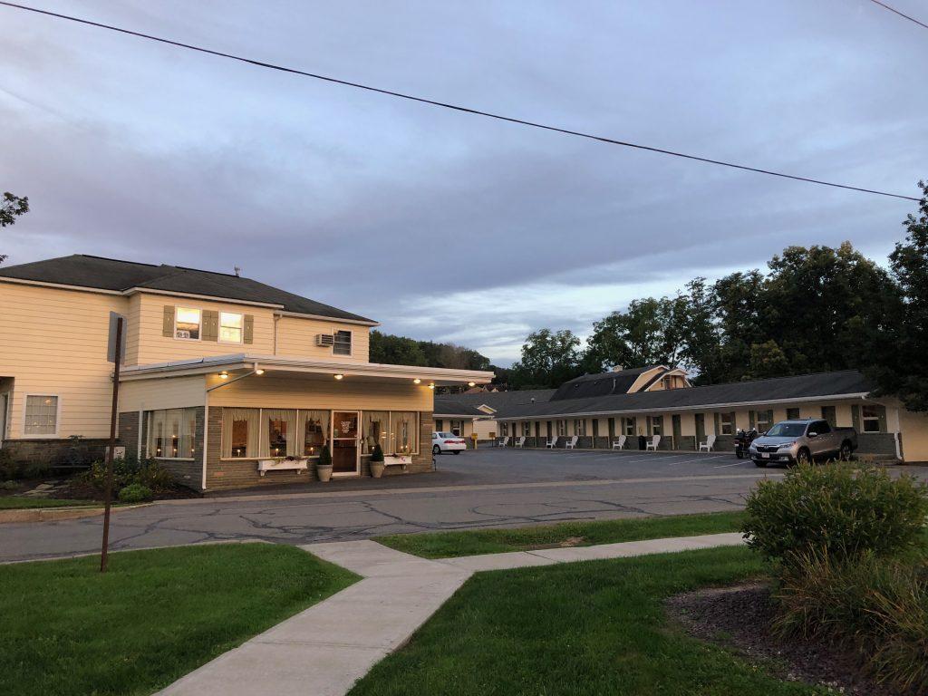 Canyon Motel 1