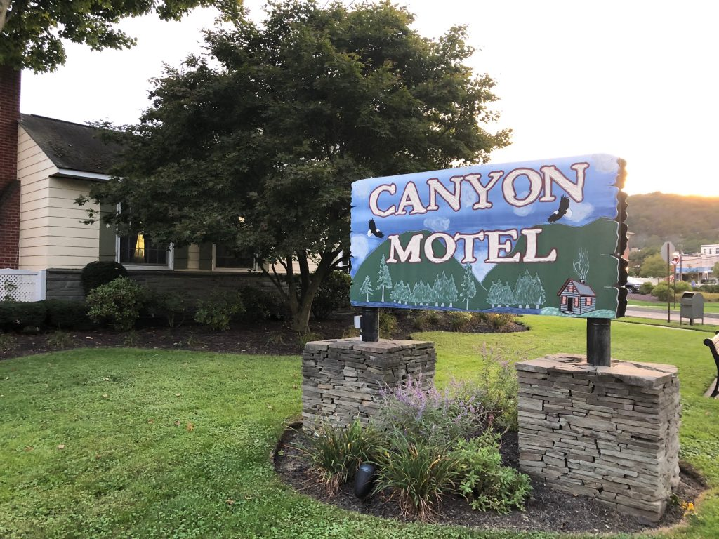 canyon motel is where you should stay when you visit Wellsboro PA