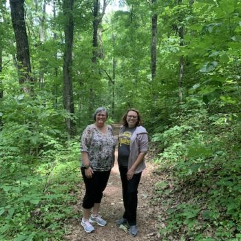 Hiking East Lakeshore Trail in Loudon County