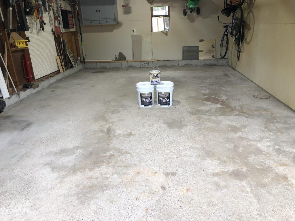 Empty Garage, unfinished floor