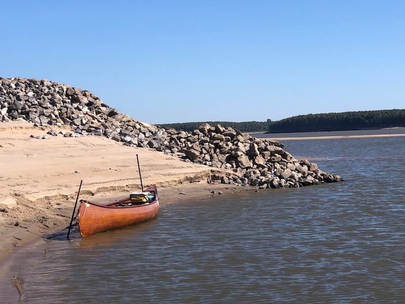 Park quapaw canoe on the mississippi river