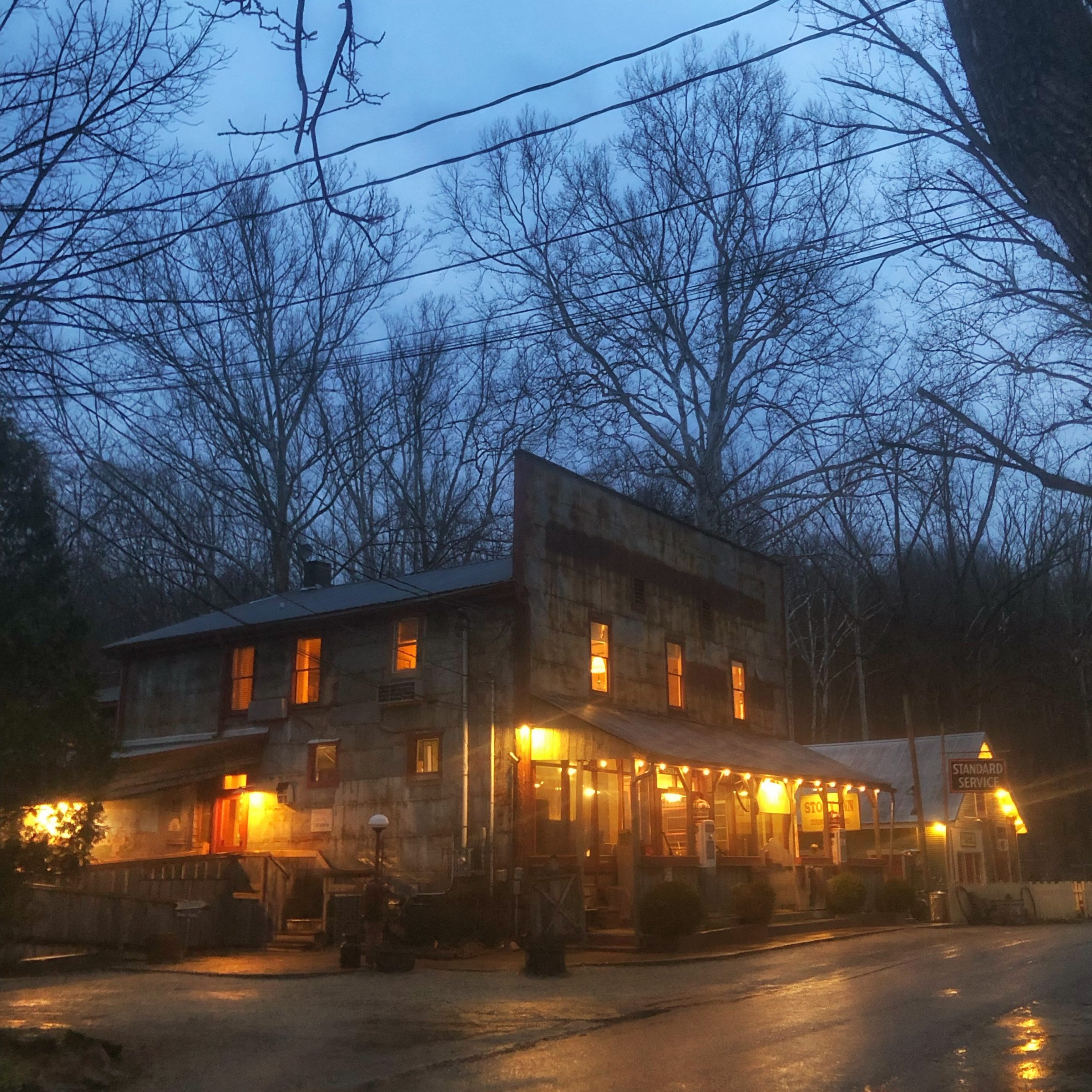 Story Inn Nashville IN at night