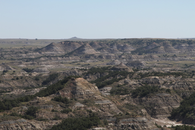 endless views from the boicourt trail at theodore roosevelt national park