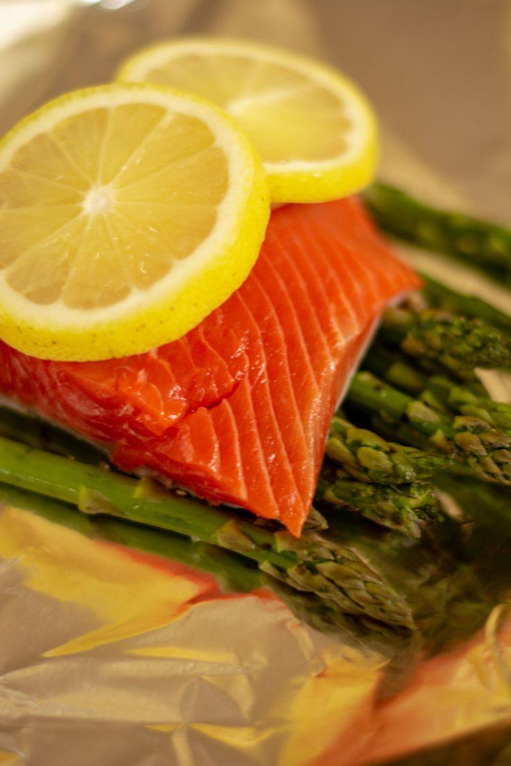 Oven Baked Salmon in Foil Recipe {WW 3 points, Keto, Paleo, Gluten-free}
