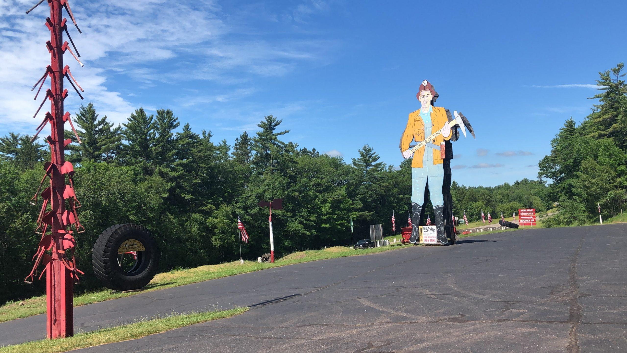 Worlds Largest Ore Miner Iron Mountain MI