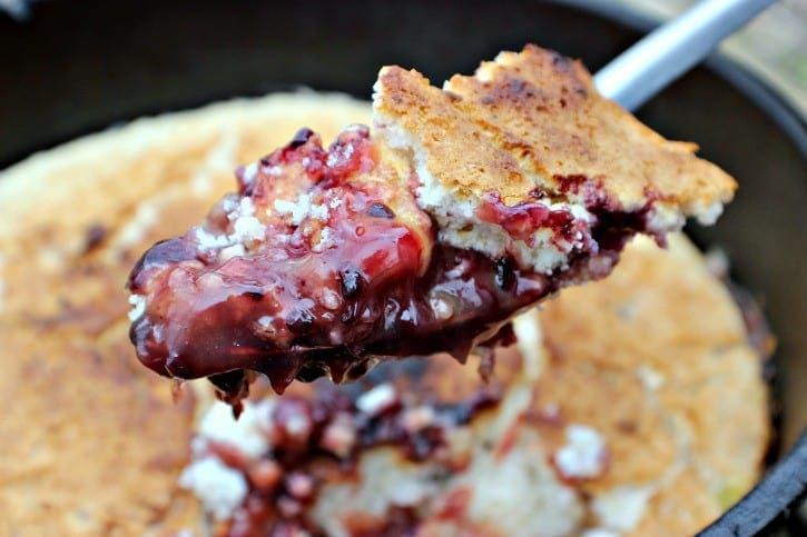 blackberry-campfire-cobbler