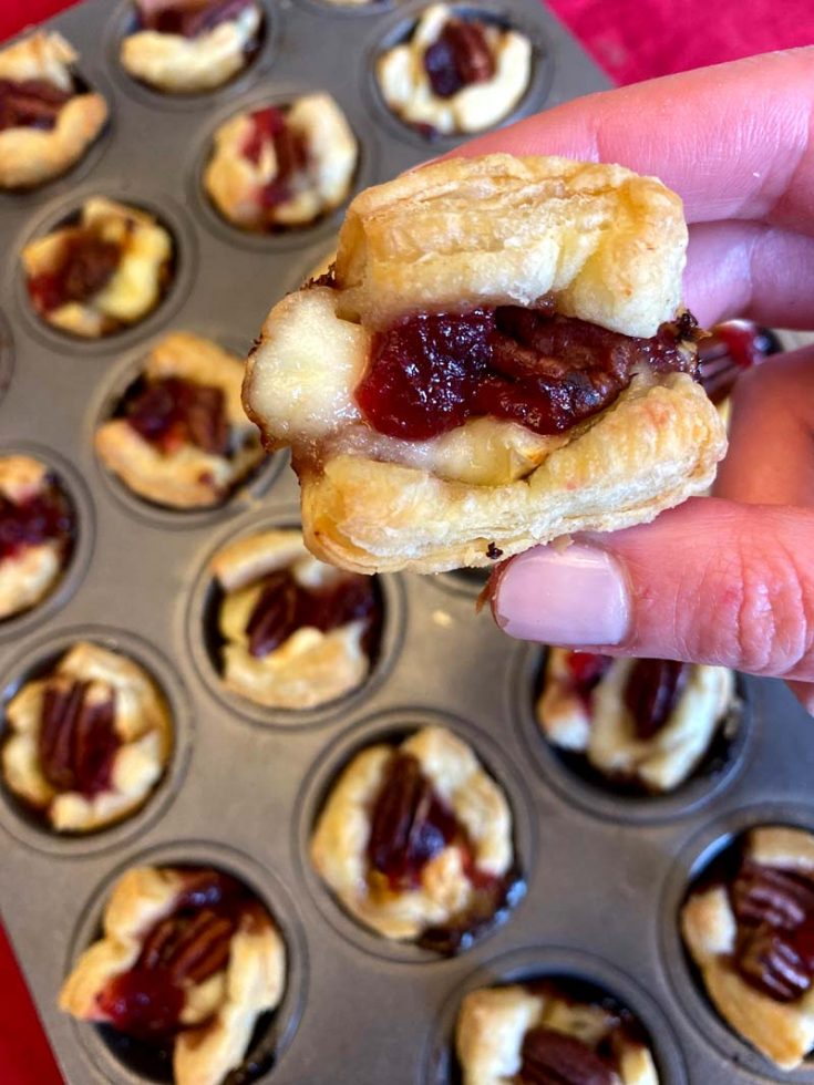 Cranberry Brie Puff Pastry Bites Appetizer