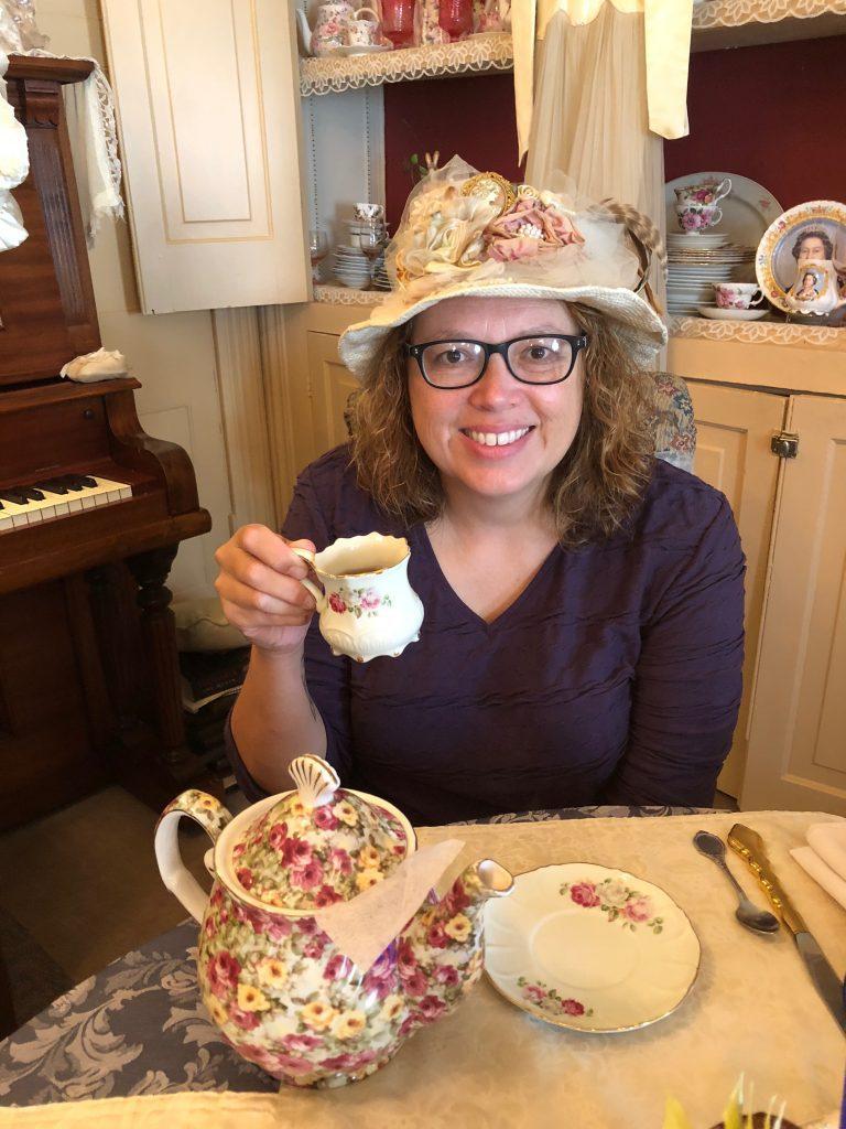 dressing for tea in altoona
