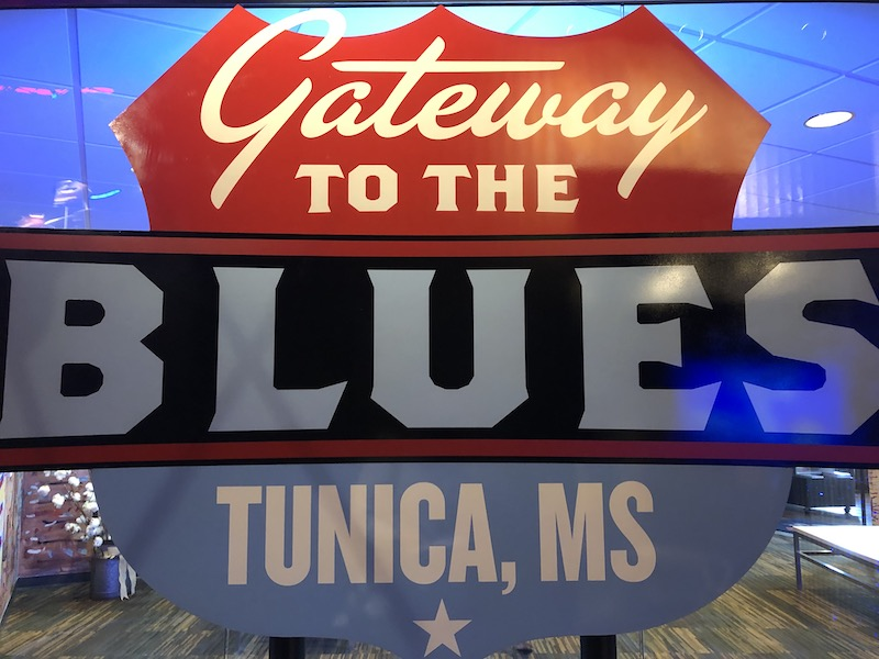 gateway to the blues sign