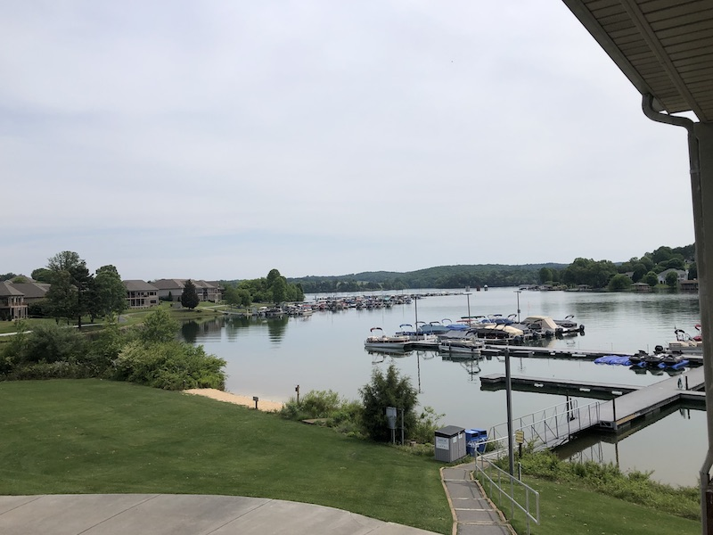 lakefront dining in loudon county