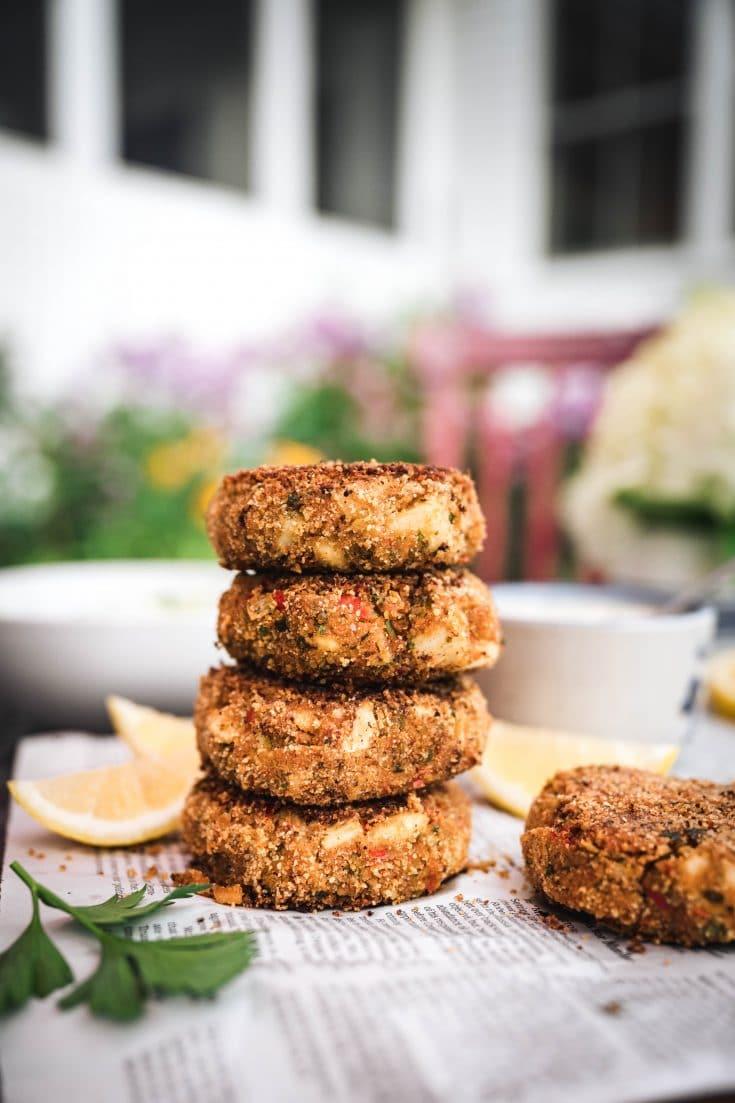 Vegan Crab Cakes with Tartar Sauce